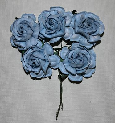 Roses 5st ca 40mm LIGHT BLUE