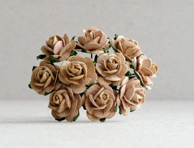 10st Paper Roses ca 10mm Sand