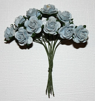 10st Small Paper Roses baby blue ca 1cm