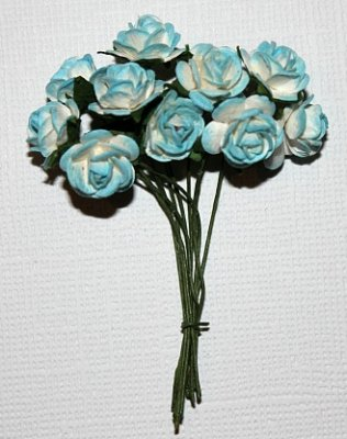 10st Small Paper Roses 2tone light blue ca 1cm
